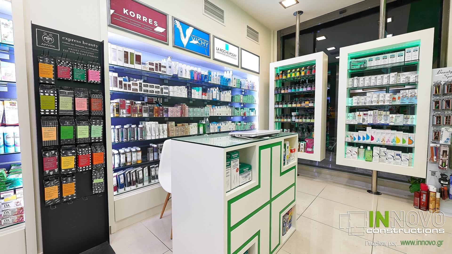 Πάγκος εξυπηρέτησης φαρμακείου στην Αθήνα
