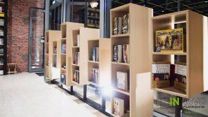 anakainisi-bibliopoleiou-bookstore-renovation-bibliopoleio-spata-nakas25